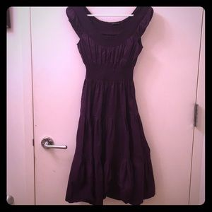 Theory below the knee brand new dress in small